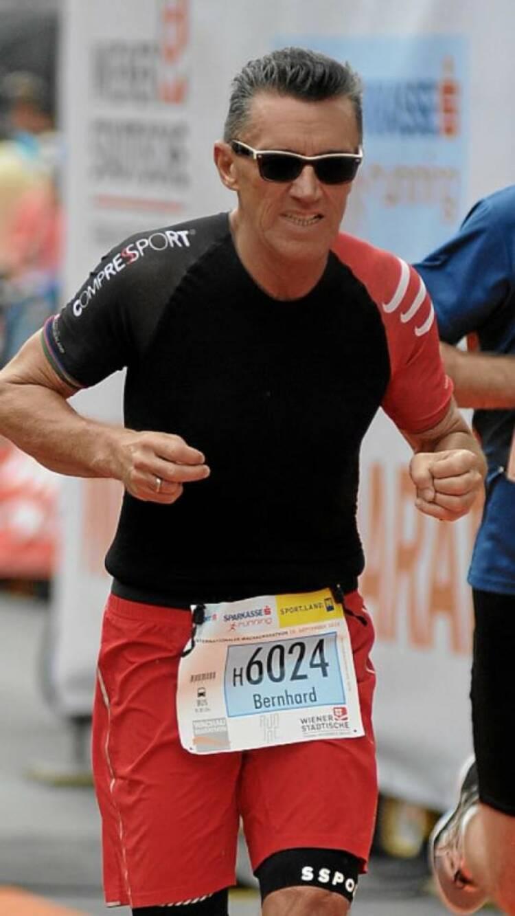 Bernhard Emer Nominierung mein Sportschnapschuss 2016  Wachau Halbmarathon - - Voten und/oder auch sich selbst nominieren unter http://www.facebook.com/groups/Sportsblogged
