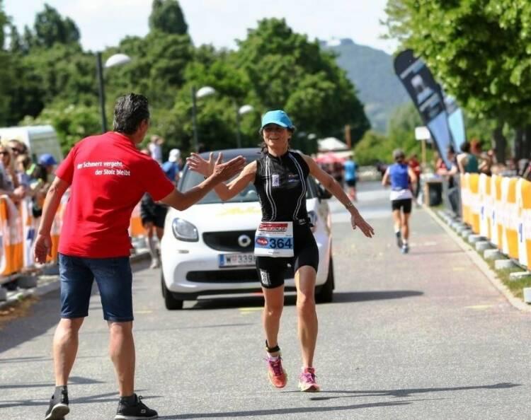"""Anna Kohns: """"Mein Sportschnappschuss des Jahres!"""" beim Vienna City Triathlon mit Gerhard Seidl - Voten und/oder auch sich selbst nominieren unter http://www.facebook.com/groups/Sportsblogged"""